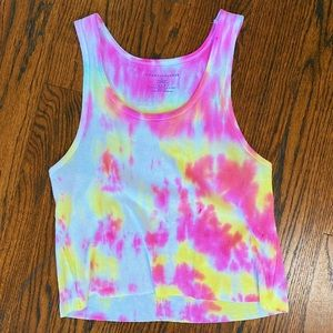 custom tie-dye cropped tank top in pink and yellow